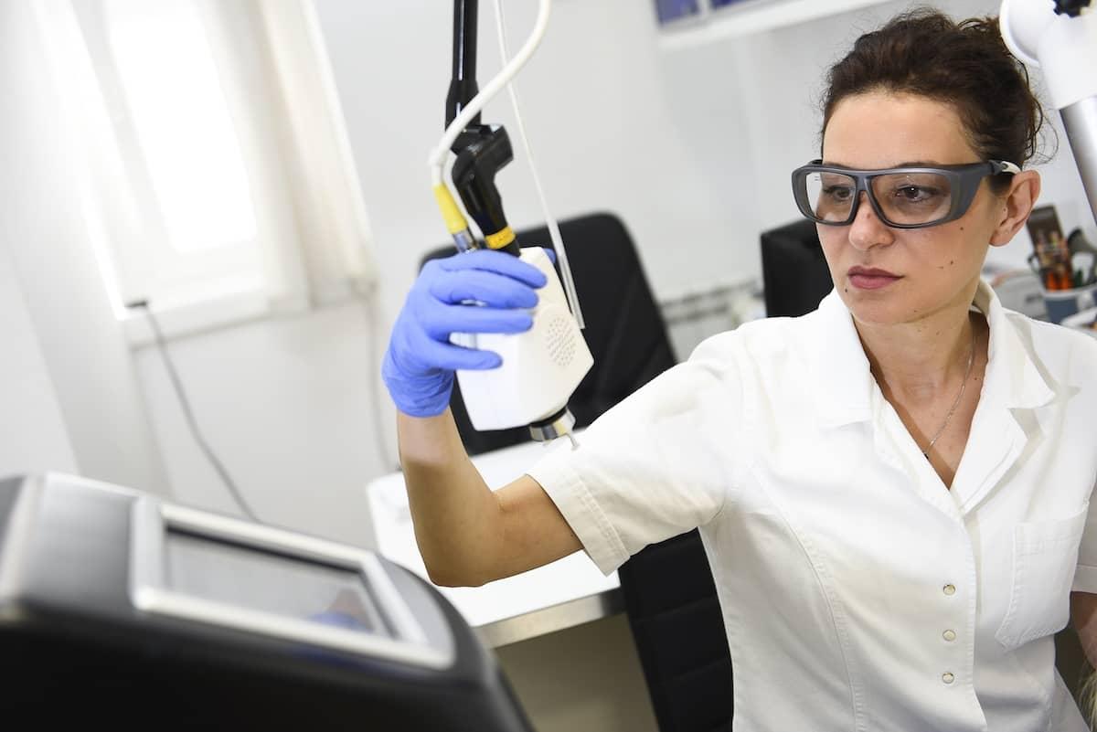 laser u dermatologiji